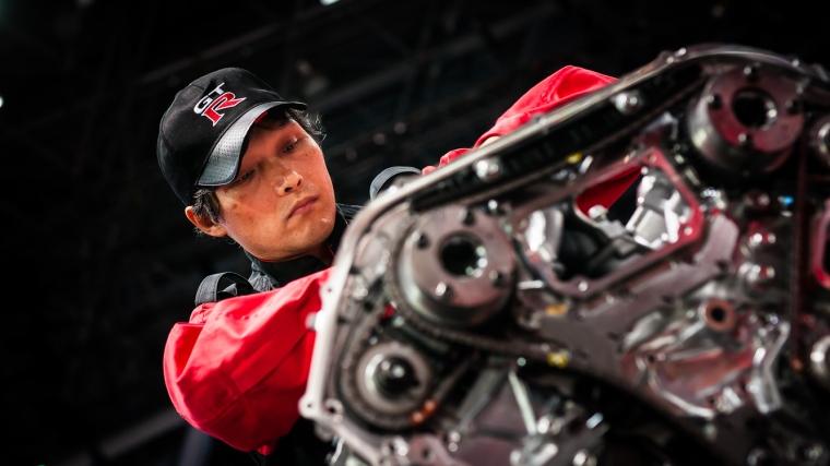 New York, Automesse, Nissan, Motor, V6, GT-R, Nissan GT-R, Takumi, Handwerksmeister, Sportwagen, Handarbeit
