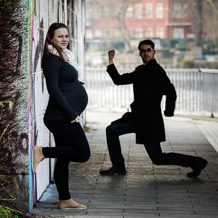 Babybauch, Paar, Pärchen, Brücke, Ufer, Berlin, schwanger, Schwangerschaft
