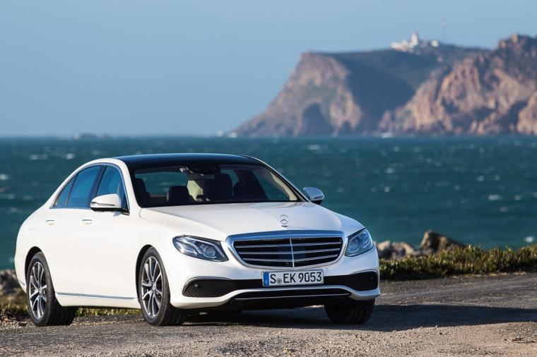 Mercedes, E-Klasse, Mercedes e-Klasse, Atlantik, Meer, Felsen, Cabo da Roca, Portugal, Cascais