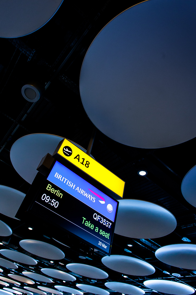 Flughafen, Gate, Abfluggate, London, Heathrow, Decke