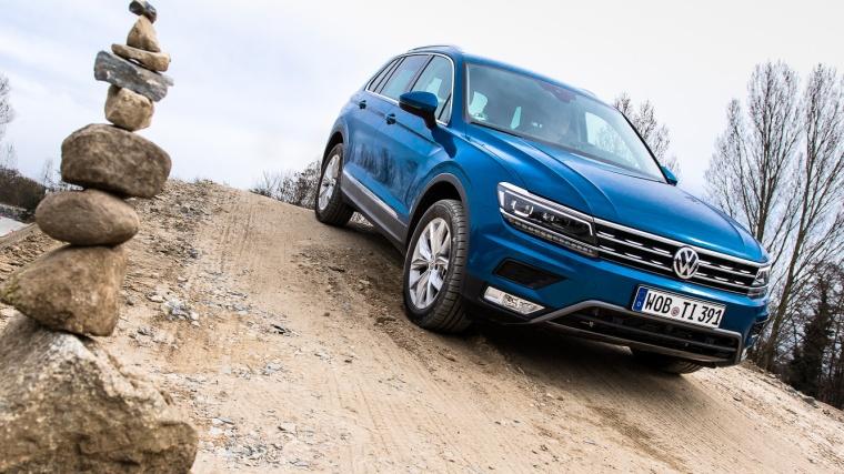VW, Tiguan, VW Tiguan, SUV, blau, offroad, Gelände, Feldweg, Sand, Auto