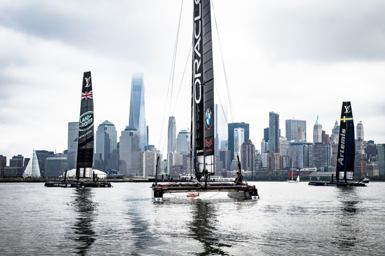 Hudson River, Manhattan, Katamaran, Yacht, New York, America's Cup