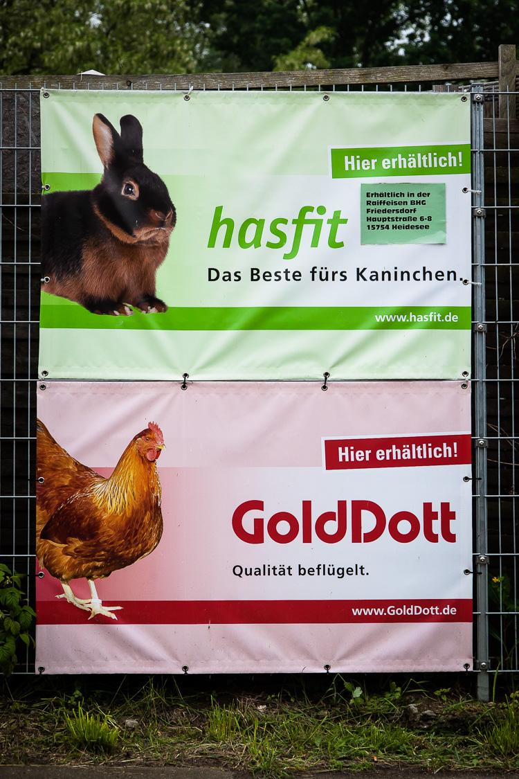 Werbung, Werbeplakat, Plakat, Tierfutter, hasfit, GoldDott