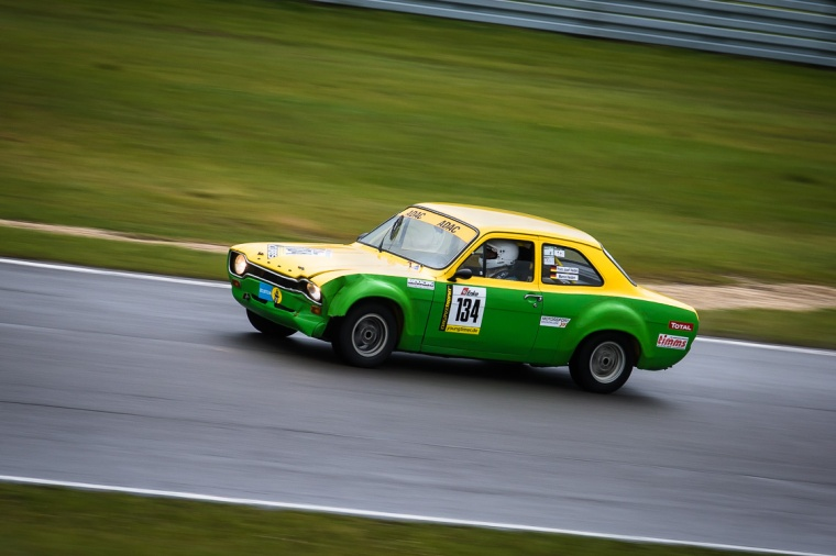 Ford, Escort, Ford Escort, Hundeknochen, Oldtimer, Auto, Rennen, Autorennen, Nürburgring, Rennstrecke