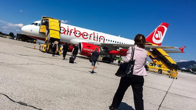 Flughafen, Salzburg, Österreich, Flugzeug, Airbus, Airbus 319, Vorfeld, Boarding