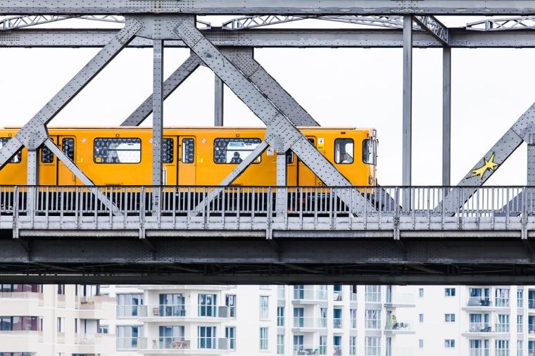 U-Bahn, Gleisdreieck, Brücke, Geländer, Berlin