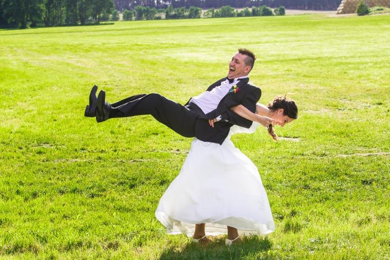 Brautpaar, Wiese, Brandenburg