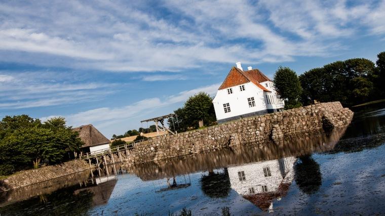 Soebygaard, Soeby, Aeroe, Dänemark, Herrenhaus, Zugbrücke, Burggraben