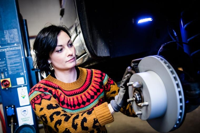Lina van de Mars, Werkstatt, Auto, Reparatur, Bremse, Bremsscheibe