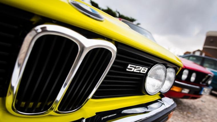 BMW, 5er, 528, Limousine, gelb, Oldtimer