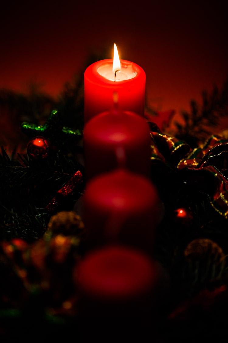 Adventskerzen, Advent, Kerze, rot, Flamme, Weihnachtszeit