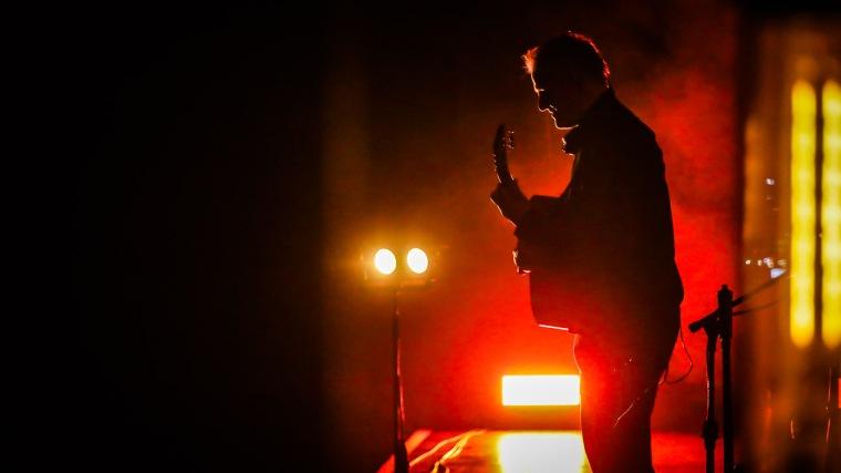 Ingo Hampf, Gitarrist der Band Subway to Sally, während der